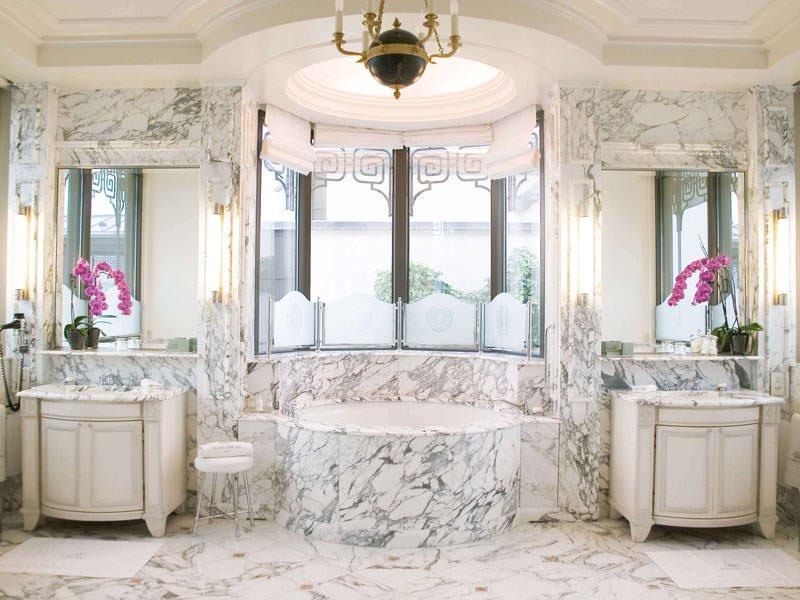 отелка ванной комнаты мрамором