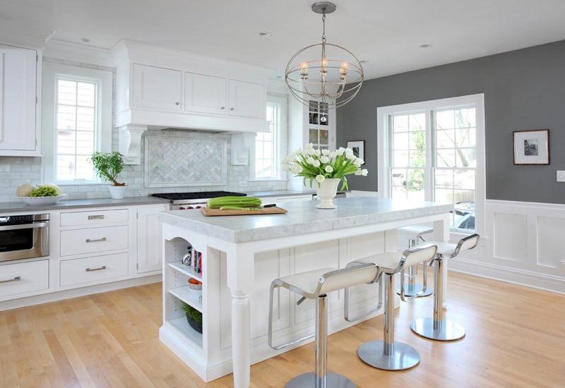 водостойкий ламинат в белой кухни