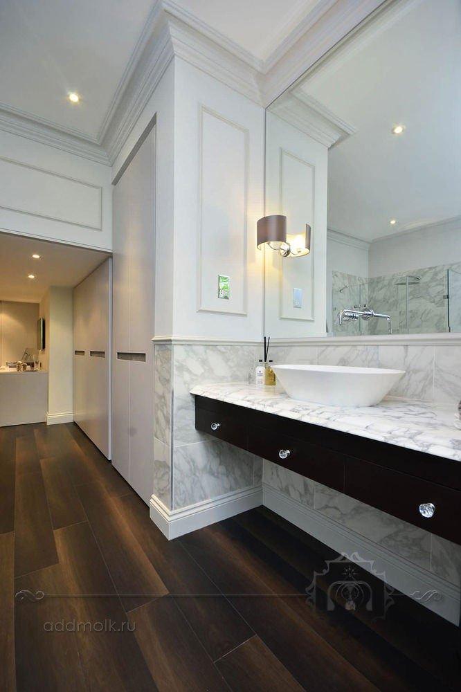 паркетная доска в ванной комнате